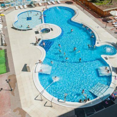 Термальный бассейн в Баден-Баден