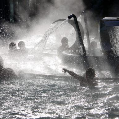 Открытый зимний бассейн в Челябинской области